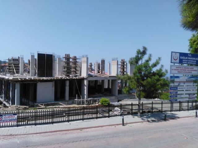 Amasra İlçe Hastanesi İnşaatı Devam Ediyor