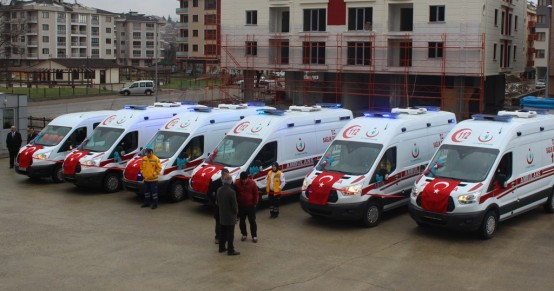 5 Yeni Ambulans Hizmete Girdi
