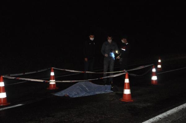 Bartın'da yolun karşısına geçmek isteyen genç öldü