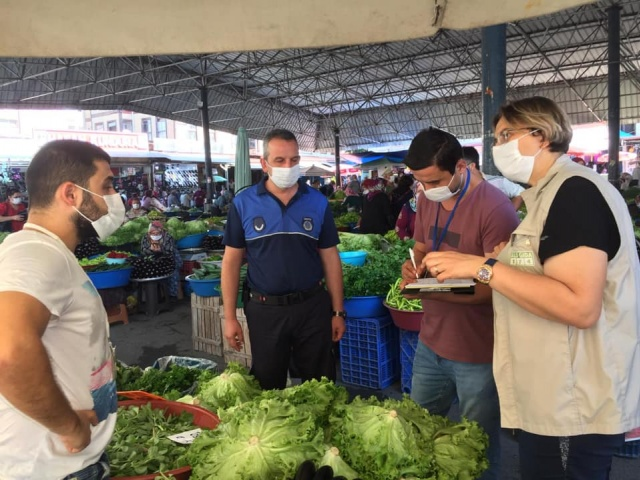 Galla Pazarında Yoğun Koronavirüs Önlemleri