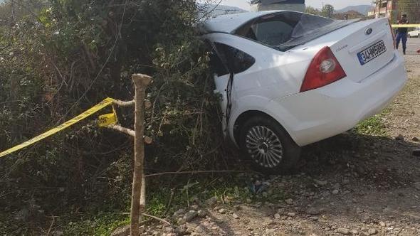 Cenazeye giderken kaza geçirdiler: 1 ölü, 2 yaralı