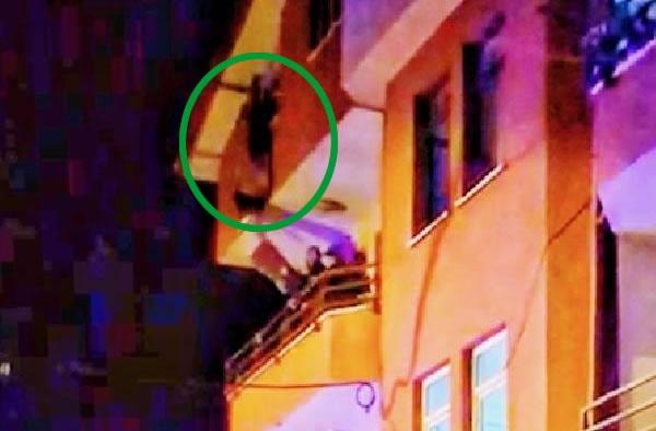 Bartın'da intihara kalkışan kadını polisler son anda kurtardı