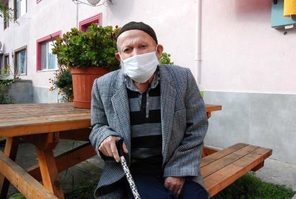 103 yaşındaki Bartınlı Cafer Dede koronavirüsü yendi