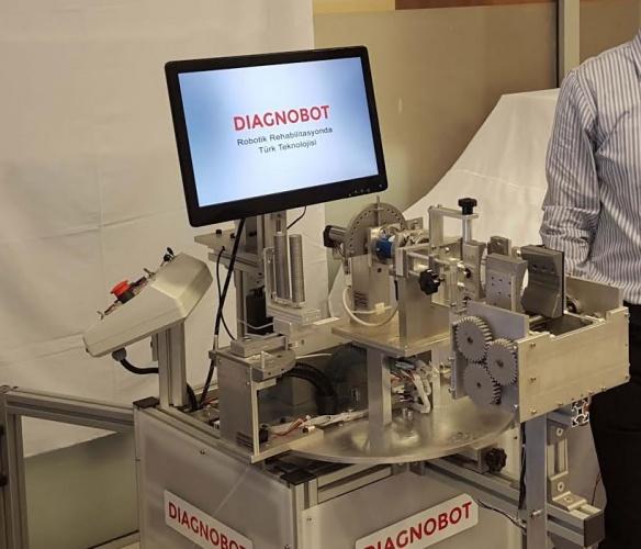 Bartın Üniversitesi öğretim elemanı rehabilitasyon robotu üretti