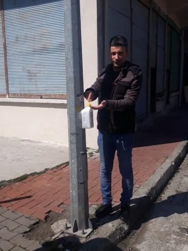 Kozcağız'da Caddelere El Dezenfektanı