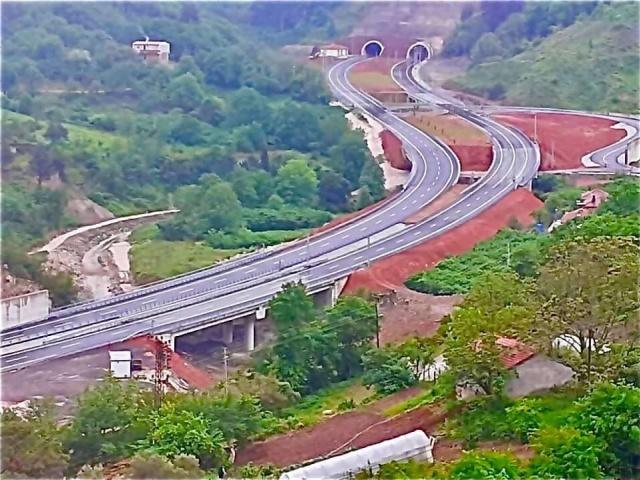 Karadeniz sahil yolu Çakraz-Karaman arası açılıyor