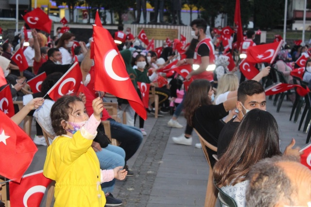 Bartın'da Hain Darbe Girişiminin 4.yılında Demokrasi Nöbeti