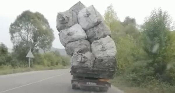 Bartın'da Tehlikeli Yolculuk