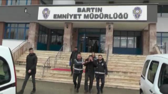 Bartın'da Çocuklara Sosyal Medyadan Cinsel içerikli mesaj gönderen şahıs yakalandı
