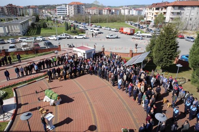 35 Yıllık Belediye Personeli Gözyaşlarıyla Uğurlandı