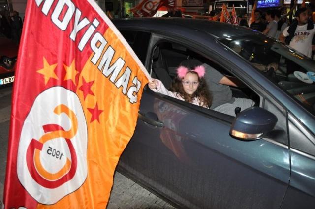 Bartın'da Galatasaraylıların Şampiyonluk Kutlamaları