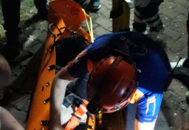 Amasra'da Günbatımını izlemek isterken kayalıklardan düşen yaşlı adam yaralandı