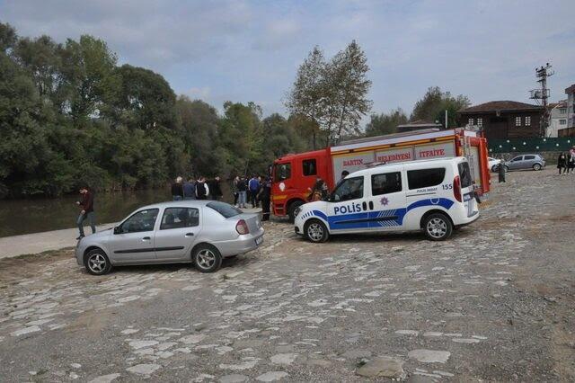 Bartın'da Otomobil Irmağa Uçtu