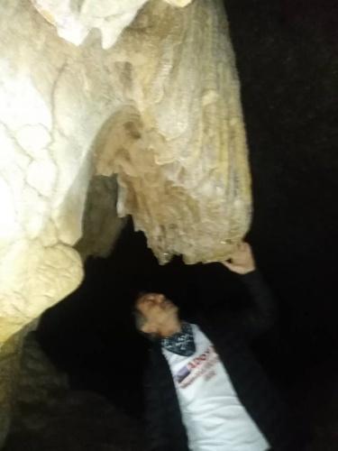 Amasra'daki mağaraya keşif yürüyüşü