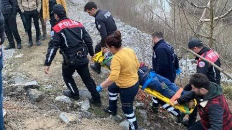 Bartın'da Irmak kenarına yuvarlanan kişi yaralandı