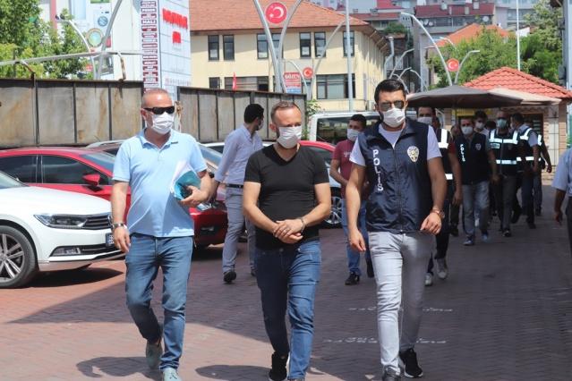 Bartın'da polis ve jandarmadan eşzamanlı operasyon