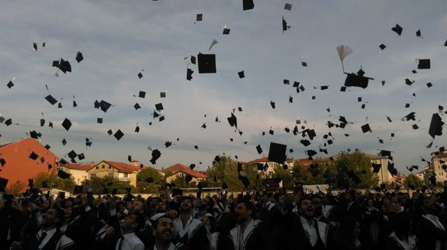 Bartın Üniversitesi 9'uncu mezunlarını verdi
