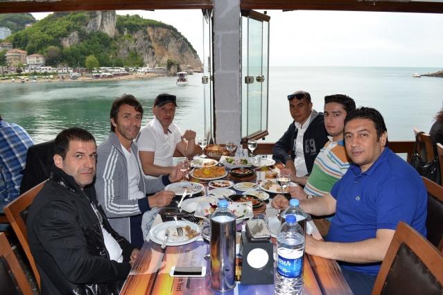 Galatasaray'ın efsane kaptanı ve Feridun Kundak Amasra'ya geldi
