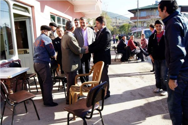 Tunç'tan köylere bayram ziyareti
