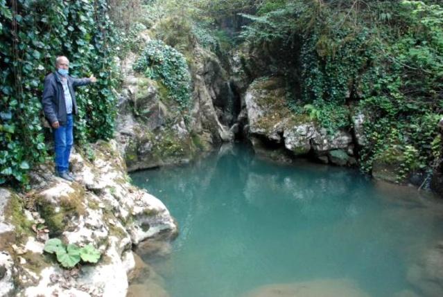 Kanyondaki Doğa Harikası Şelaleler Keşfedilmeyi Bekliyor