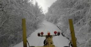 Bartın Ulus'ta Kardan Kapanan Yollar Açılıyor