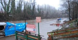 Eriyen karlar Bartın Irmağı'nın su seviyesini yükseltti