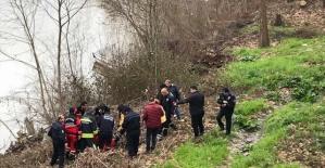 Bartın'da Irmağa düşen adam kurtarıldı