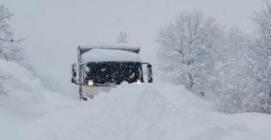 Bartın'da kapanan köy yollarının tamamı açıldı