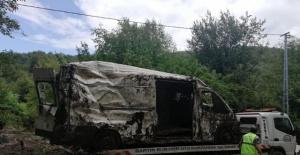 Bartın'da selde mahsur kalan araçlar kurtarılıyor