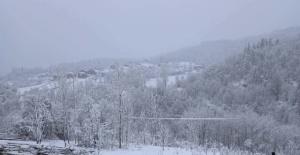 9 Nisan 2021 Bartın'da Kar