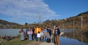 Bartın'da baraj su tutmaya başladı, yol kapandı