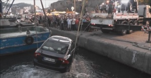 Amasra'da Araç Denize Düştü