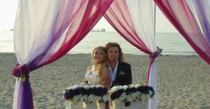 Nikah için kumsalı seçtiler
