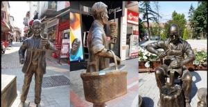 Bartın'da Simitçi, Ağdacı ve Bakırcı Heykelleri ile çiçekler Tahrip Oldu