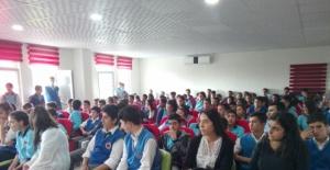 Bahri Akalın'dan Ülke Çapında Bağımlılık Konferansları