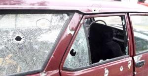 Bartın'da Otomobile Kurşun Yağmuru