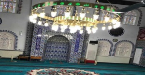 Bartın'da Köy Camisi Farklı Görünüşüyle İlgi Çekiyor