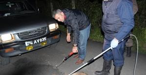 Bartın'da Tellere Takılan Tilki Ölü Taklidi Yaptı