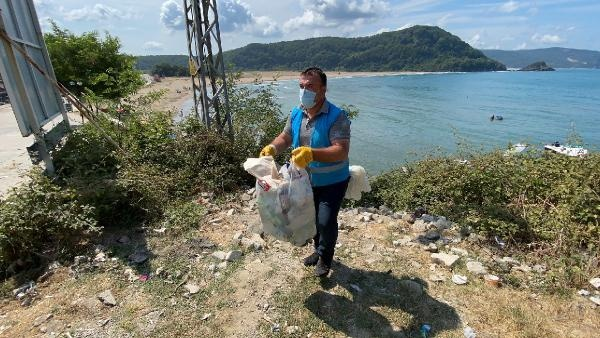 Bartın Mugada sahilinde çöp tepkisi