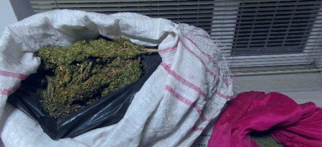 15 Kilogram Uyuşturucu İle Yakalanan 2 Kişi Tutuklandı