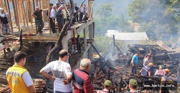14 Yaşındaki Çocuk Evinde Çıkan Yangında Öldü