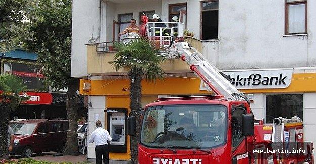 4 Katlı Binada Yangın Paniği