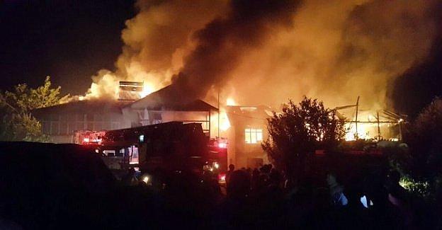 Kirazlı Köyünde Yangın Paniği