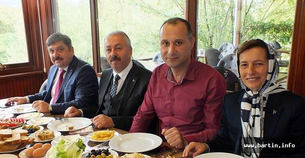 MHP'li Adaylar: Hizmete Talibiz