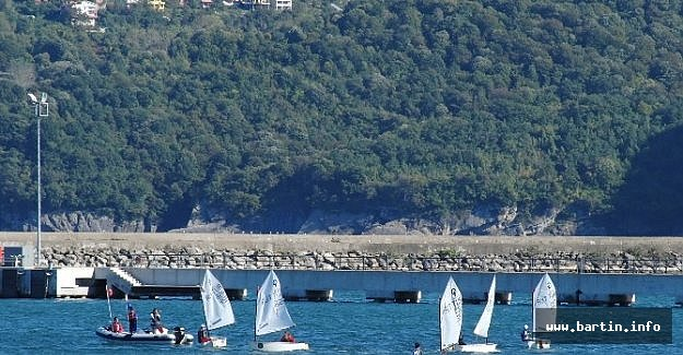 Amasra'da Yelkenler Yarıştı