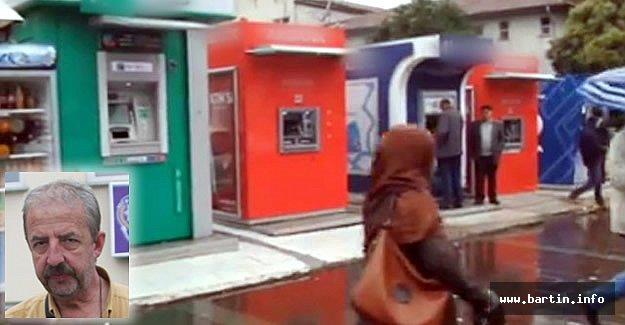 ATM'den Çektiği Bin 500 TL'yi Kapkaççıya Kaptırdı