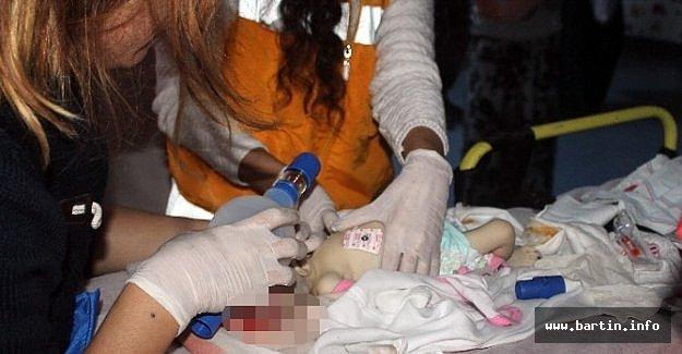 Bir Aylık İkizleri Korkunç Kaza Ayırdı
