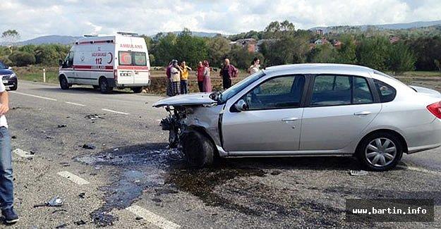 Kozcağız - Perşembe Yolunda Kaza: 2 Yaralı