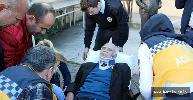 Merdivenlerden Düşen Yaşlı Adam Yaralandı