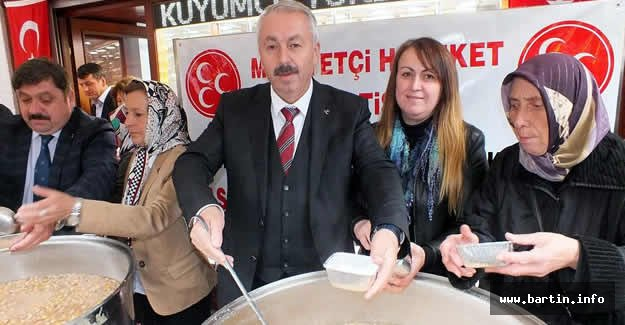 MHP'li adaylardan Aşure ikramı